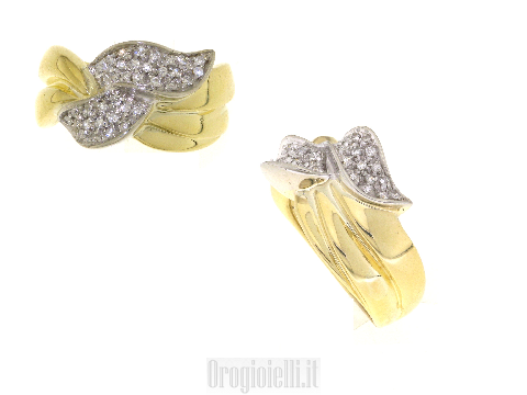 Anello a fascia larga con diamanti