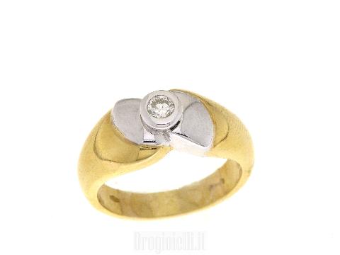 Anello bicolore con diamante
