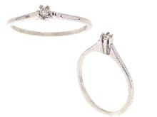 http://orogioielli.it/immagini/Anello_con_centrale_in_diamante_vendita_oro_gioielli_bigiotteria_a_prezzi_imbattibili_27122130_Small.png