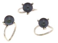 Anello con perla grigia e diamanti