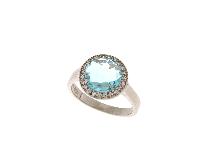 Anello in argento con topazio azzurro