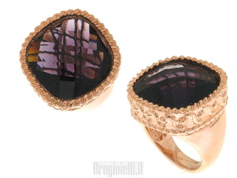 Bellissimo anello in bigiotteria bronzo