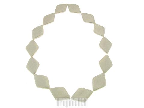 Chanel lunga con pietre shell bianco lucente