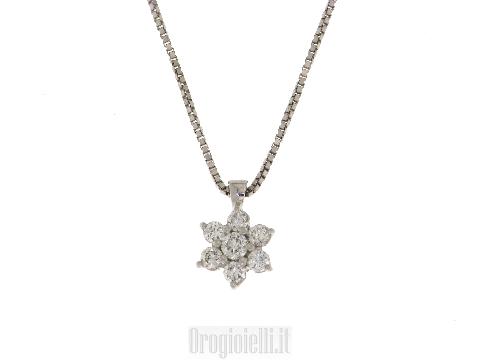 Collana a fiore con diamanti in oro