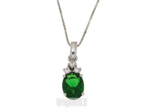 Collana con centrale smeraldo sintetico