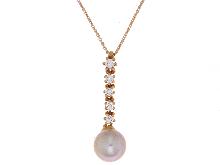 Collana con perla pendente in oro