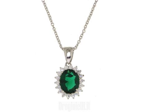 Collana con smeraldo sintetico a fiore
