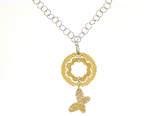 Collana in argento dorato e farfalla