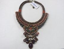 https://orogioielli.it/immagini/Collier_BIANCO_Bijoux_outfit_brown_vendita_oro_gioielli_bigiotteria_a_prezzi_imbattibili_20612316_Small.png