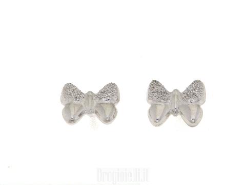 Farfallina in oro bianco puntinato