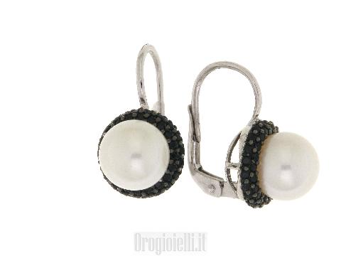 Orecchini  perla ultima tendenza in oro