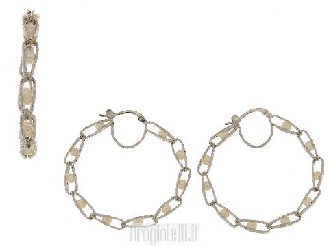 Orecchini a cerchio con perle in oro