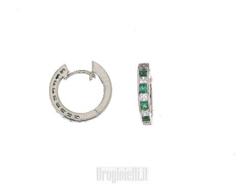 Orecchini cerchio con smeraldi sintetici