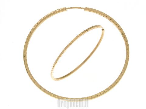 Orecchini cerchio grandi in oro giallo