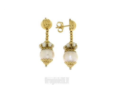 Gioielli Fashion Couture: Orecchini pendenti con perle
