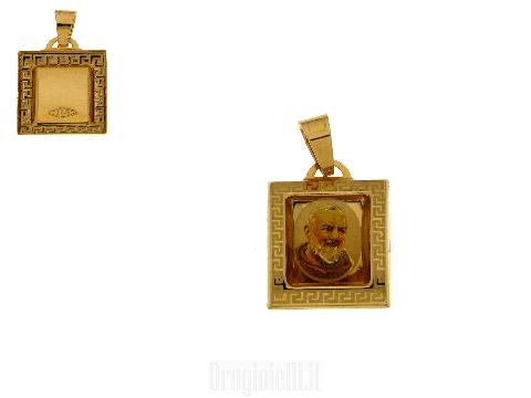 Ciondolo Padre Pio in oro giallo 18 kt