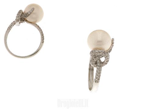 Anello oro bianco e perla centrale