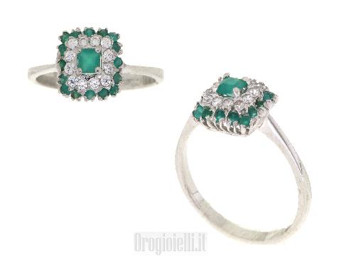 Smeraldo sintetico e zirconi in anello