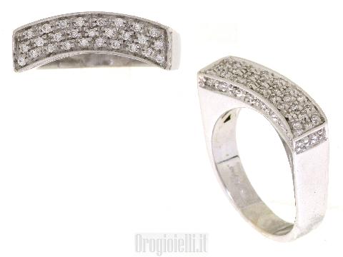 Super prezzi su anelli con diamanti